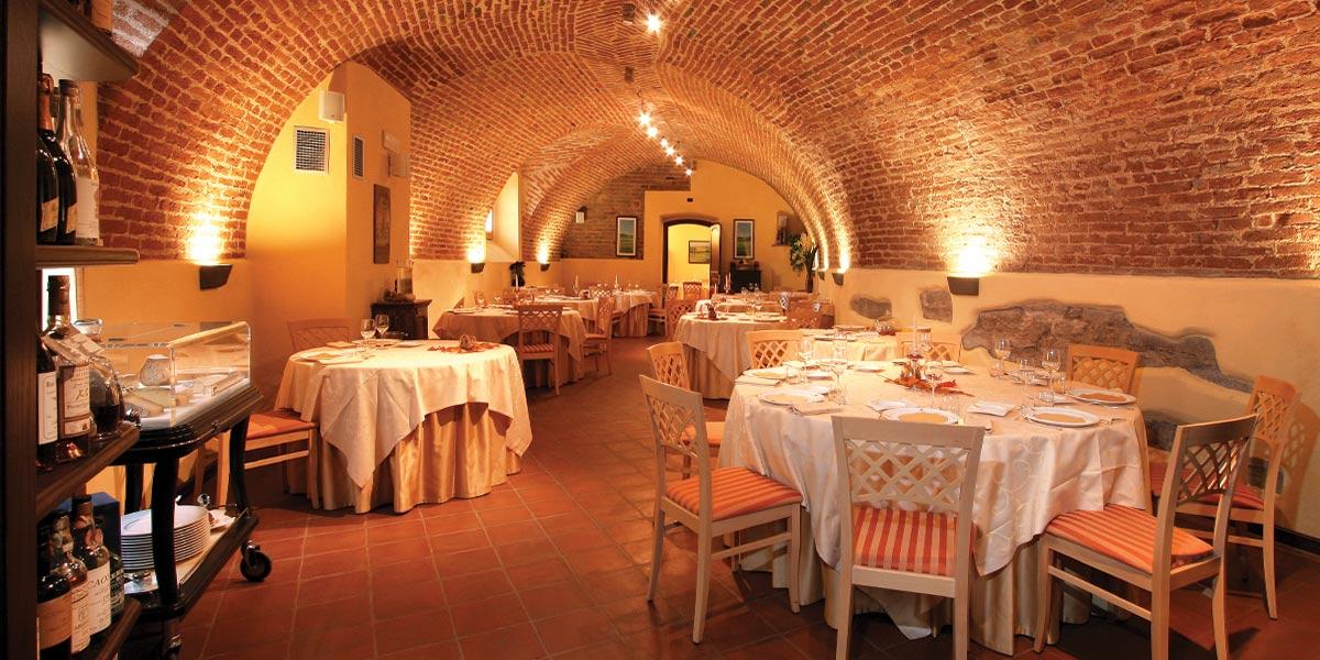 restauro salone ristorante roero