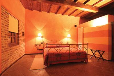 restauro camera da letto roero