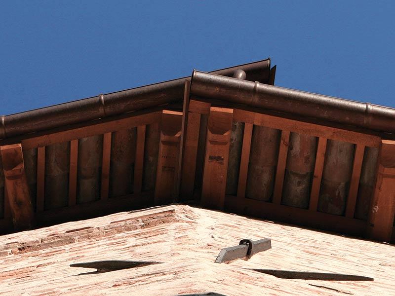restauro tetto conti roero