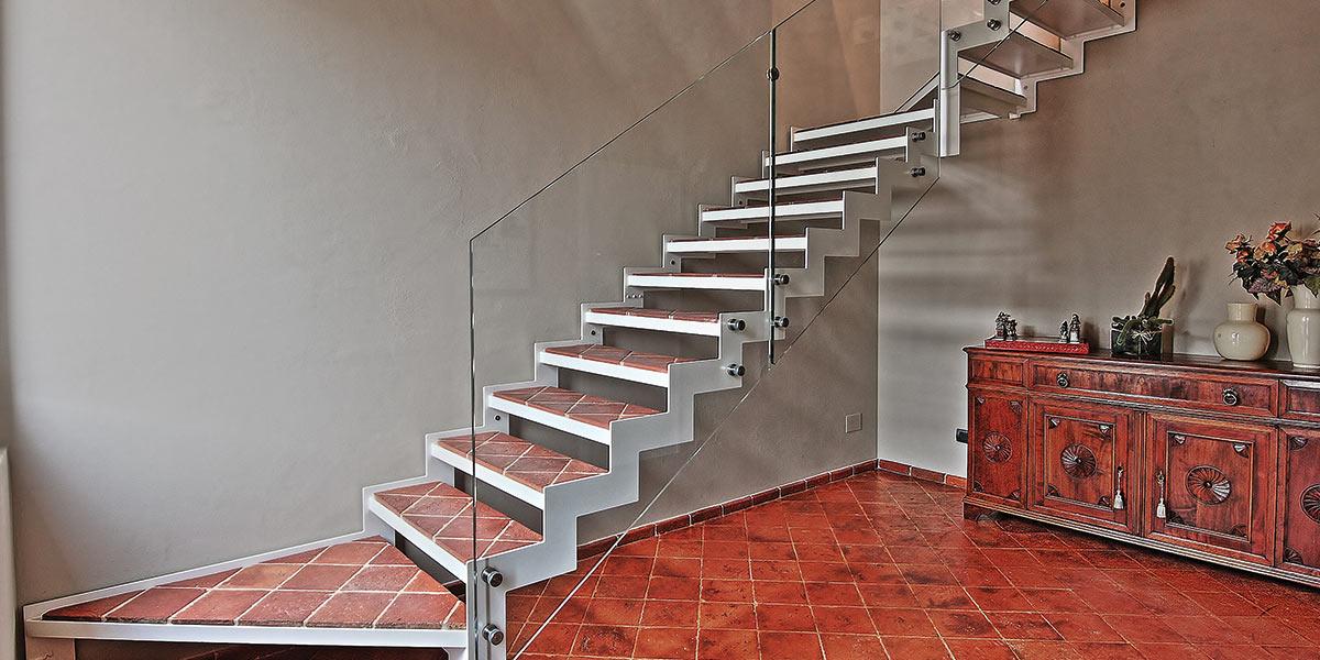 restauro ingresso casa scale